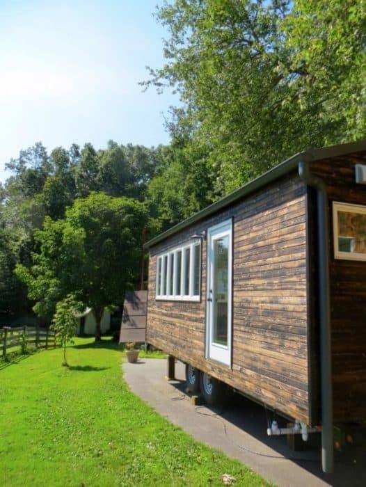 Minim-Tiny-House-on-Wheels-Built-by-Brevard-Tiny-House-0013-600x799