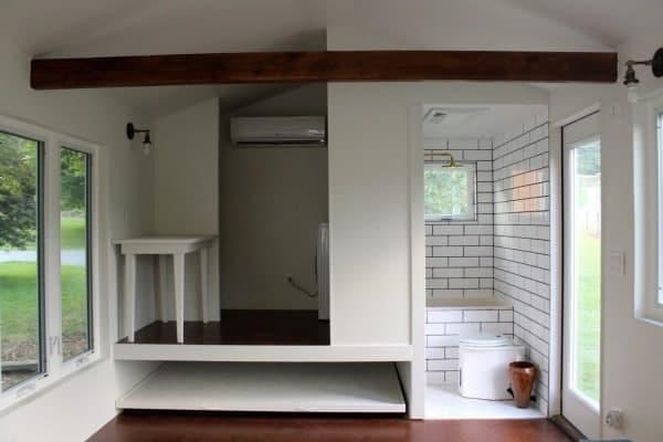 Minim-Tiny-House-on-Wheels-Built-by-Brevard-Tiny-House-007-600x400