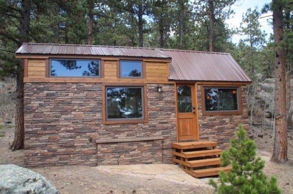 Tiny-Stone-Cottage-on-Wheels-by-Simblissity-0020-600x398