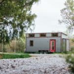"""Chimera"" Tiny Home Perfectly Balances Modern/Rustic Style"