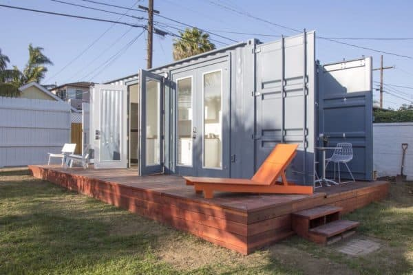 Montaineer makes it easy: prefab shipping container homes