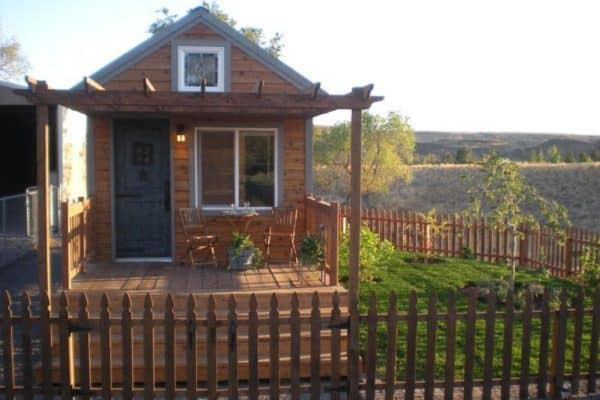 janet-nostalgia-cottage-1