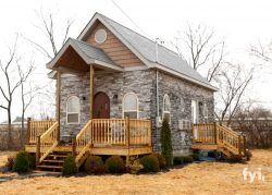 Tiny House Nation's downsized Gothic castle
