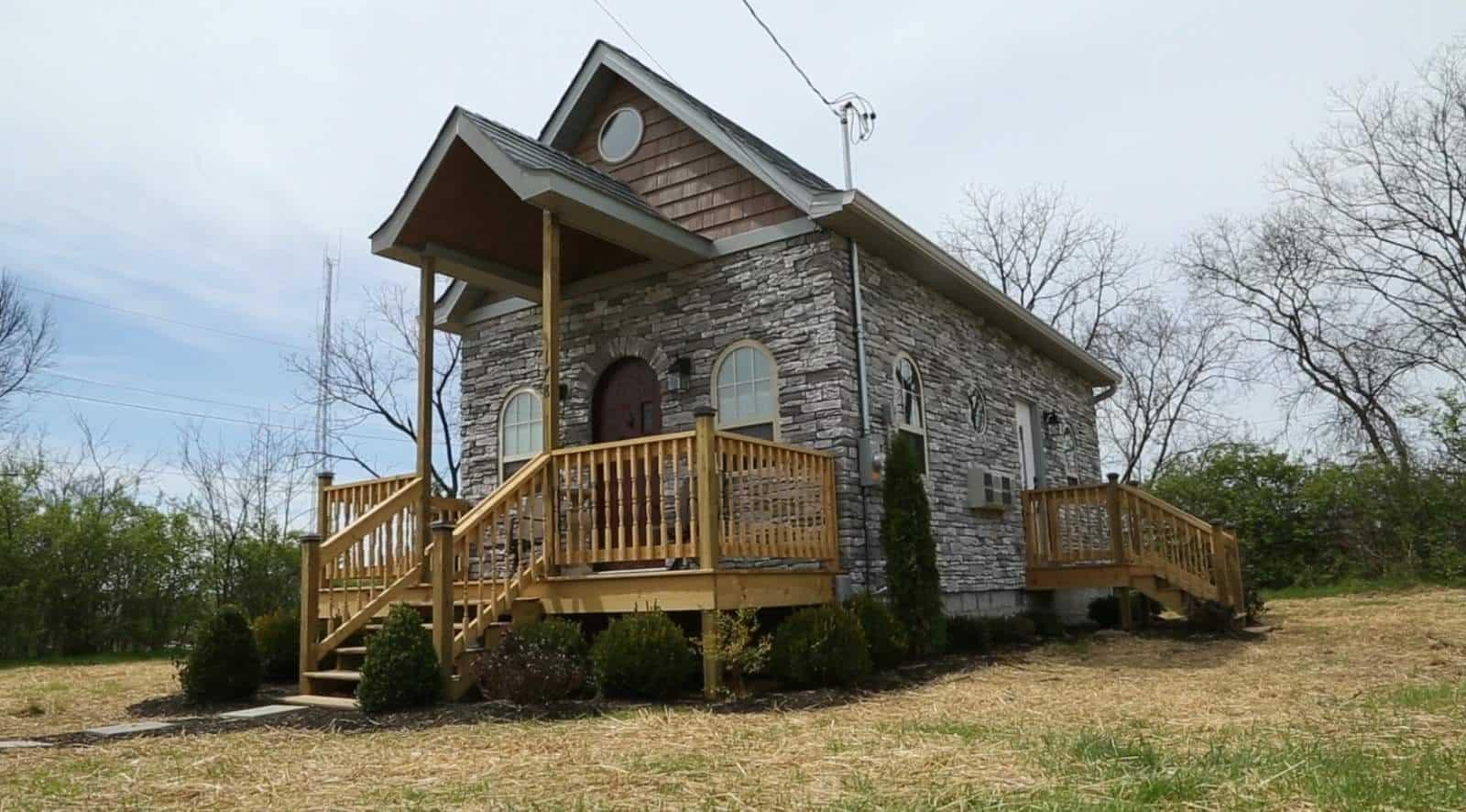Tiny House Plans: Tiny House Nation's Downsized Gothic Castle