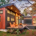 Musician's amplified tiny house lets her take the show on the road