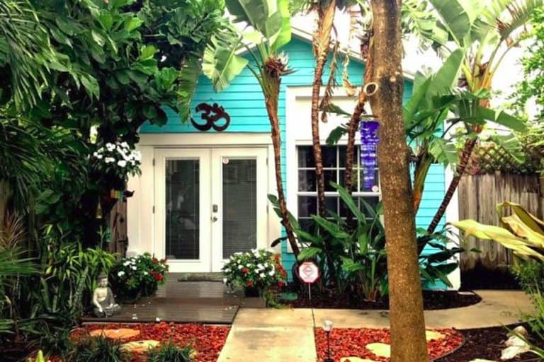 Classic Florida Style Palm Beach Bungalow On A
