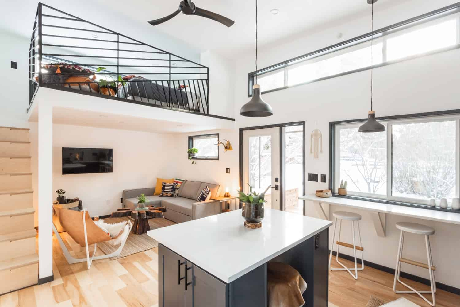 Tiny Home Design: Hiatus Tiny House Shows Off Superb Design