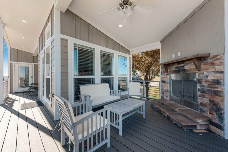 Luxury Park Model Wraparound Porch Must See