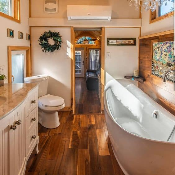 8 Best Tiny House Bathroom Appliances And Accessories